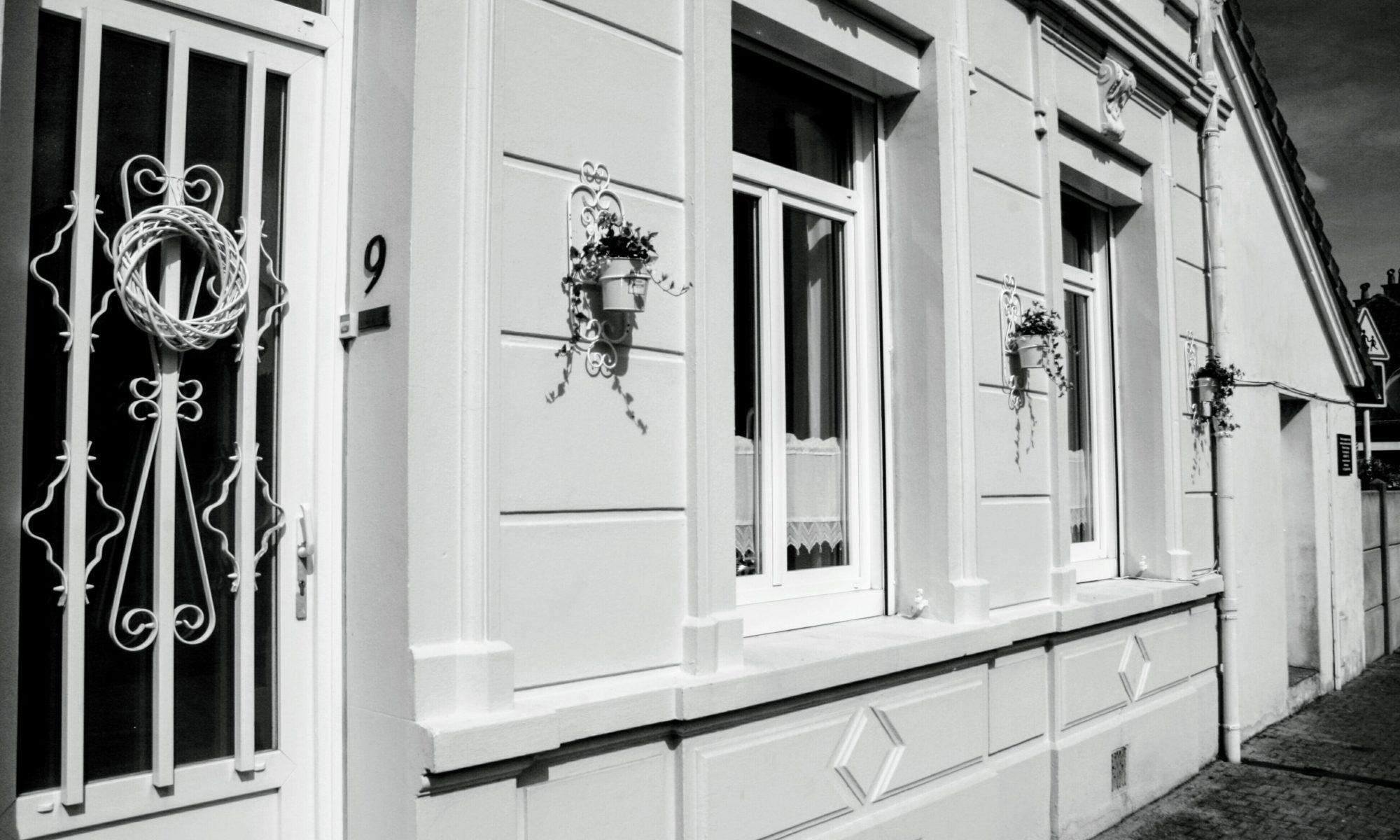 chambre-hotes-a-la-dolce-vita-facade-02